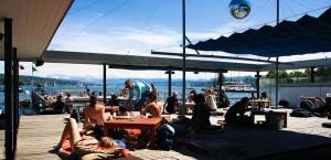 Seebad-Enge-bar-deck_linode-test.internationaltravellermag