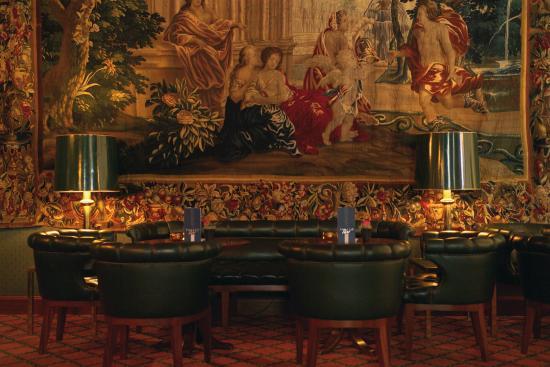 palace-bar