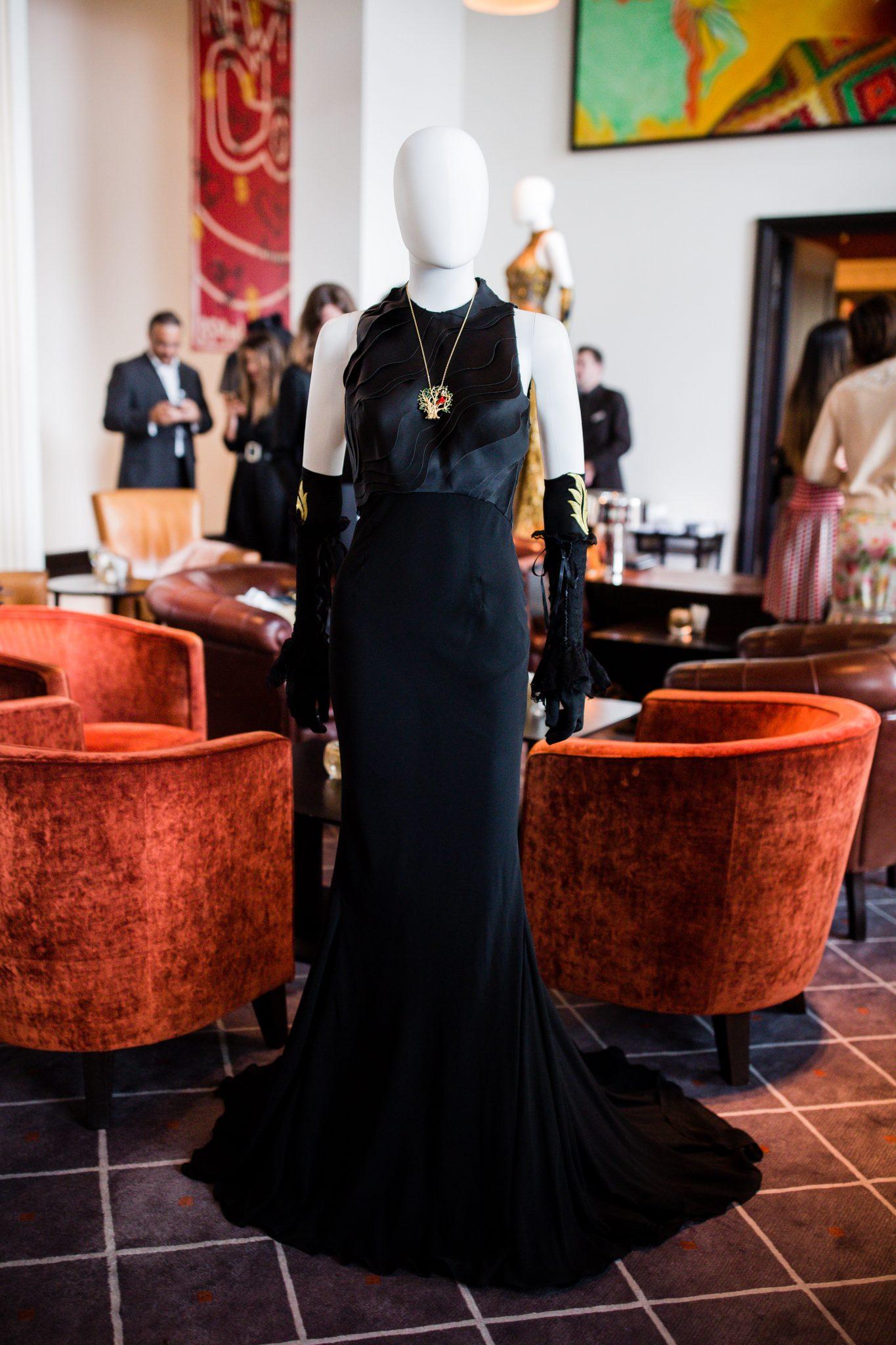 AMSLER Haute Couture  Surréaliste Collection